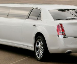 2013-Chrysler-Limo
